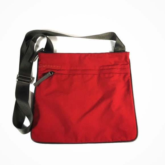 681b5be406b3 PRADA Sports Red Nylon Canvas Crossbody Bag. M 5b88aba503087c4d5774d802